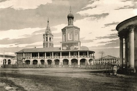 Фото конец XIX в. Общий вид на Троицкий собор с перекрёстка улиц Московская и Лермонтова (бывшая Покровская улица)