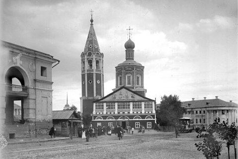 Фото 1894 г. Вид на Музейную площадь со стороны улицы Московской.